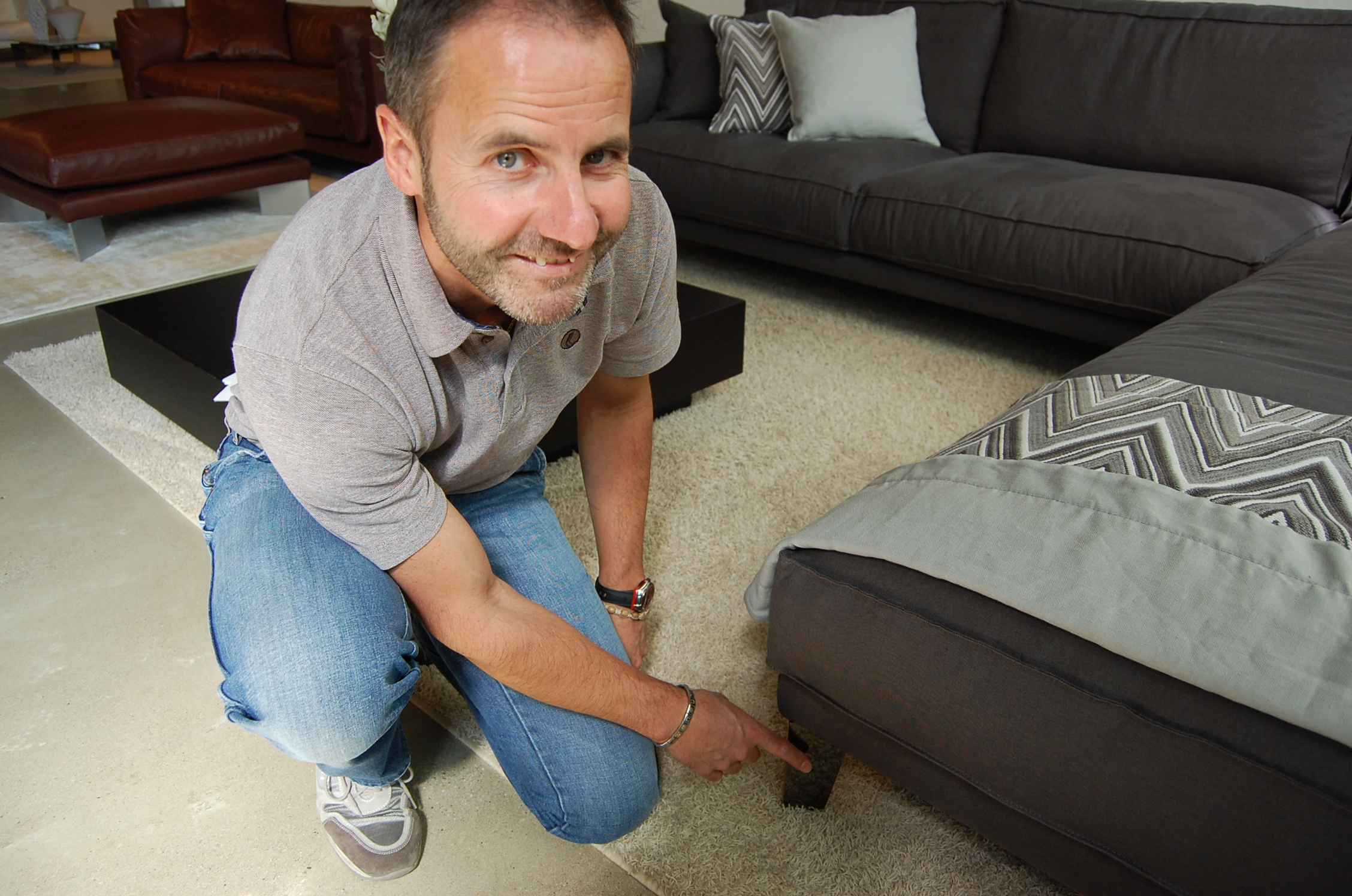 Дизайн современного дивана