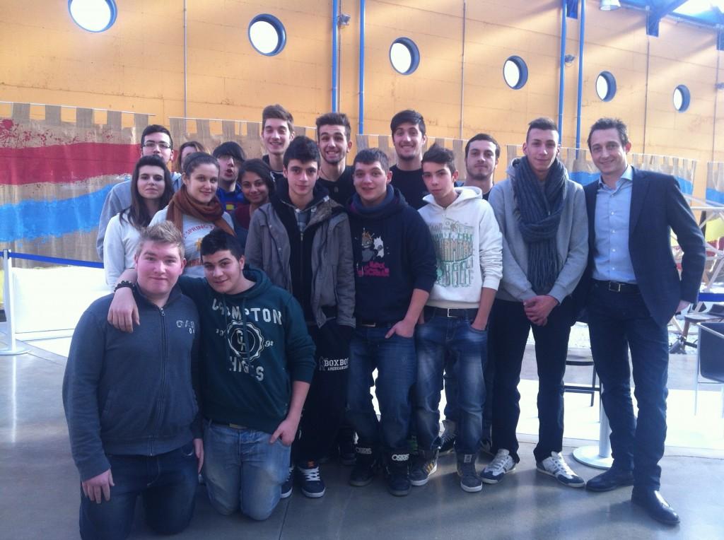 Giovani tappezzieri per #divanoXmanagua