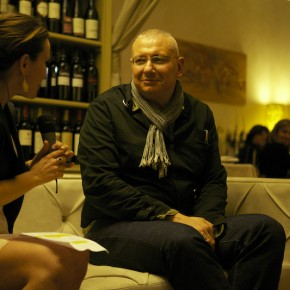 Stefano Maffei sul divanoXmanagua