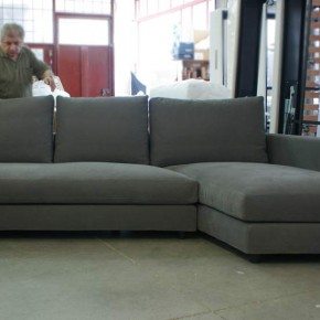 "Sofa MORRIS WITH CHAISE longue ""CRANK"" PACKED AND READY TO BE DELIVERED."