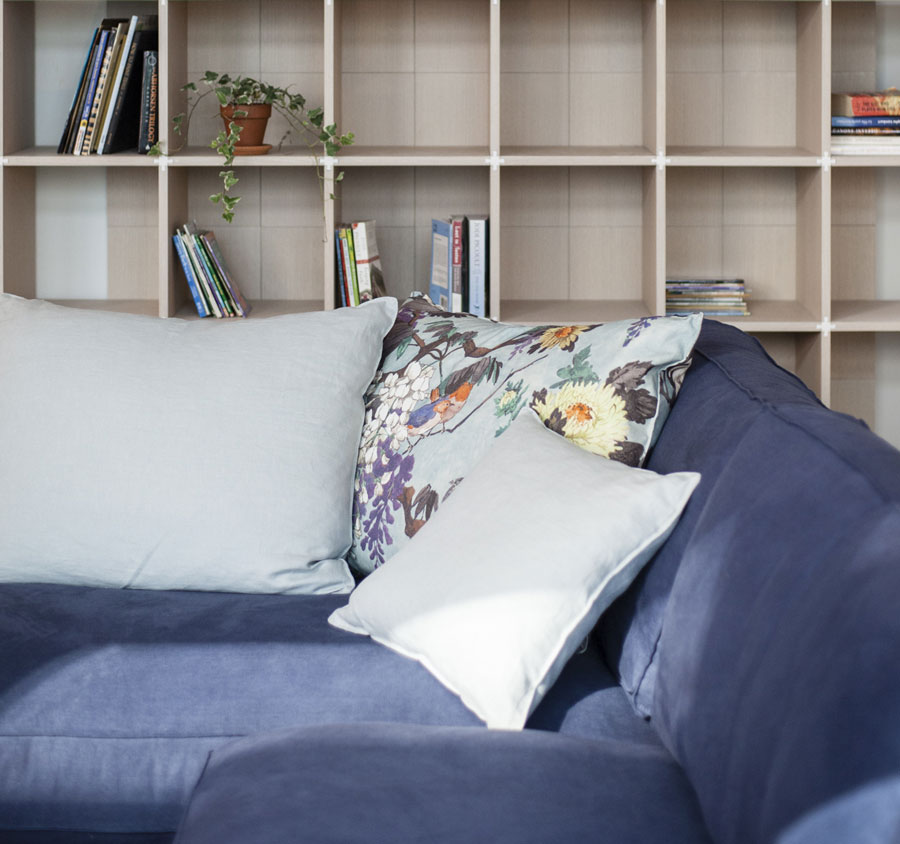 Time Break sectional sofa - Etro pillows