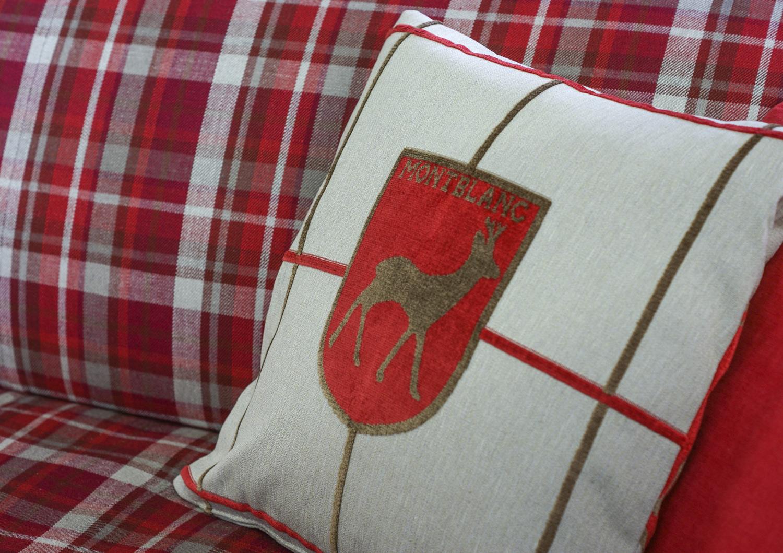 Cuscinetto con cervo per baita di montagna bertostory - Camere da letto di montagna ...