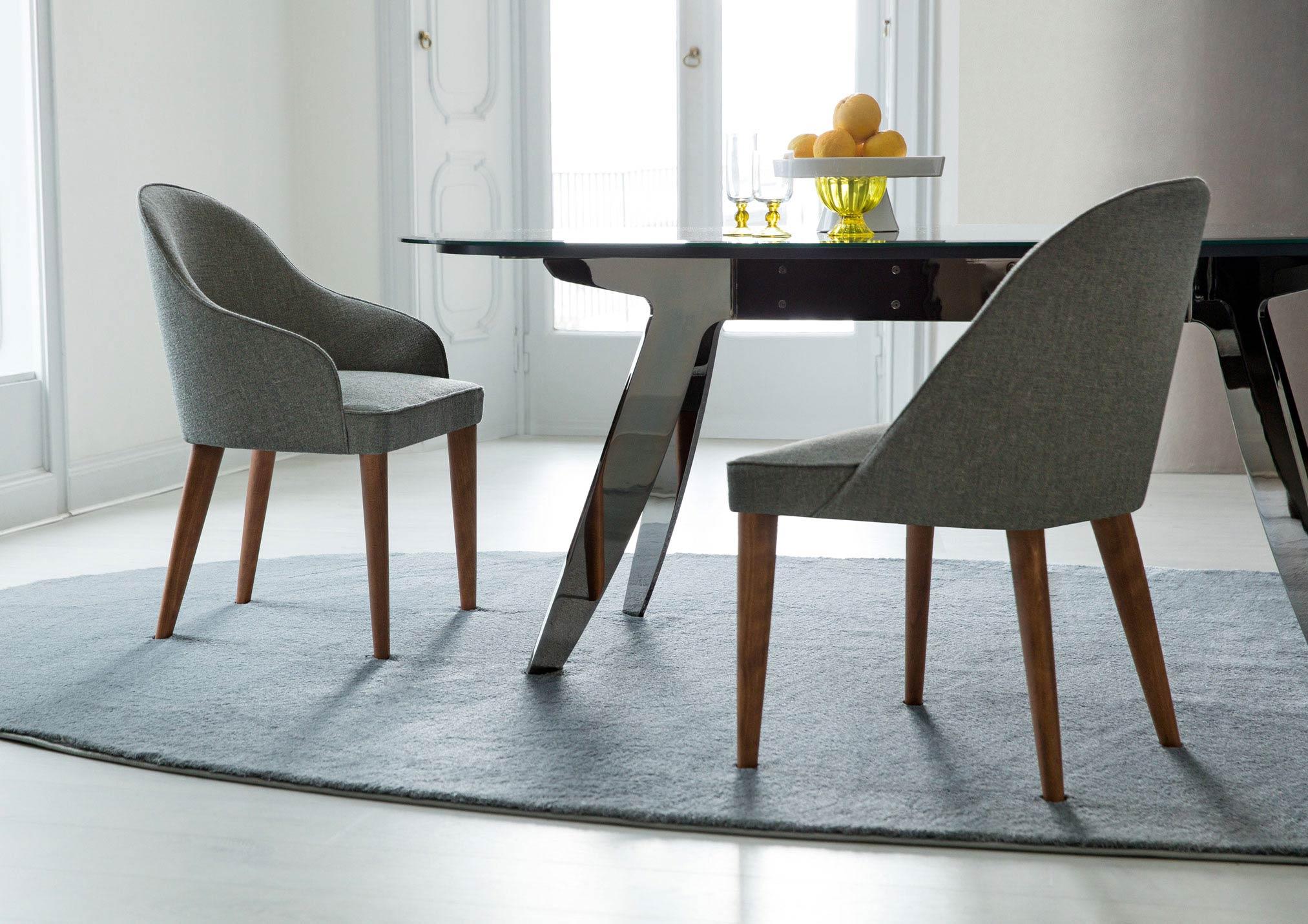 Tavolo Cristallo 4 Sedie.Judy La Prima Sedia Da Tavolo Moderna Made By Berto