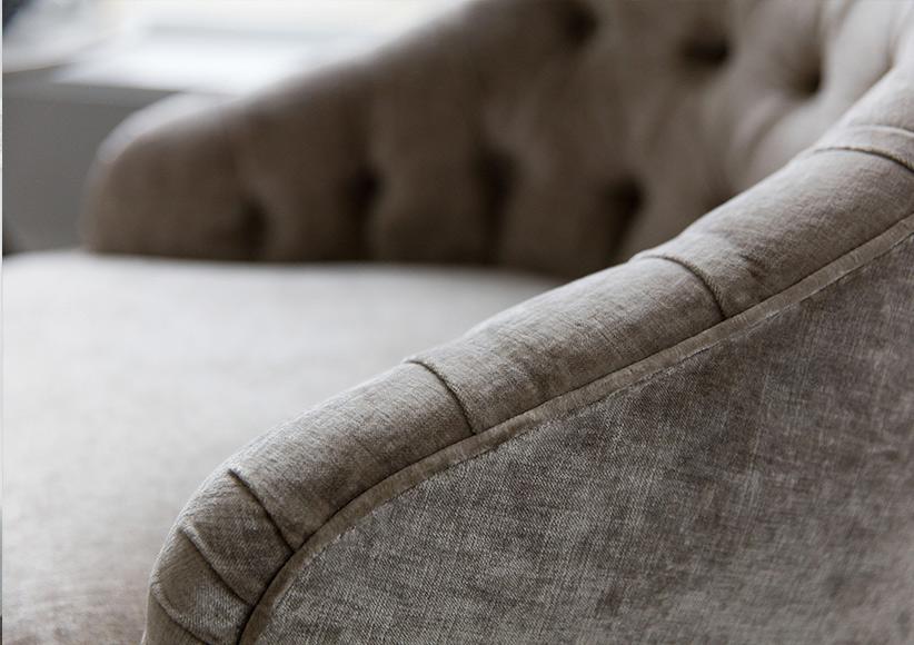 Vanessa capitonné velvet armchair berto furniture collection