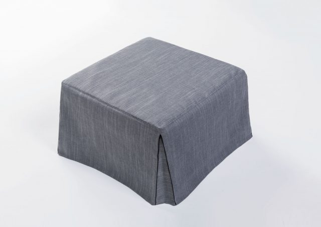 d couvrez les nouveaux poufs transformables en lits bertostory berto salotti blog. Black Bedroom Furniture Sets. Home Design Ideas