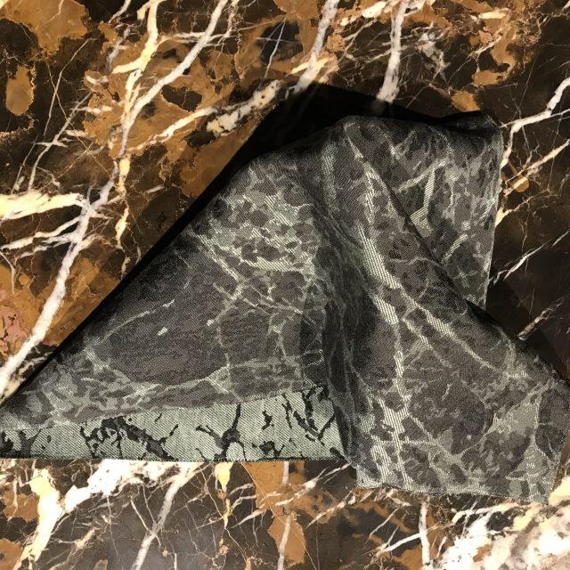 tessuti per divani collezione berto: rivestimento effetto marmo