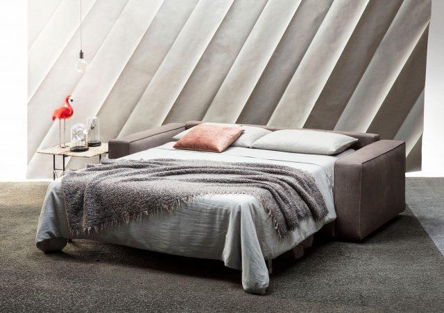 canapé lit en cuir avec matelas à ressorts ensachés