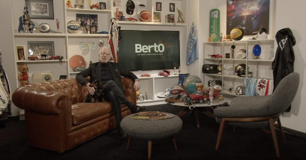 guido bagatta nello studio televisivo di LBA on AIR arredato da BertO