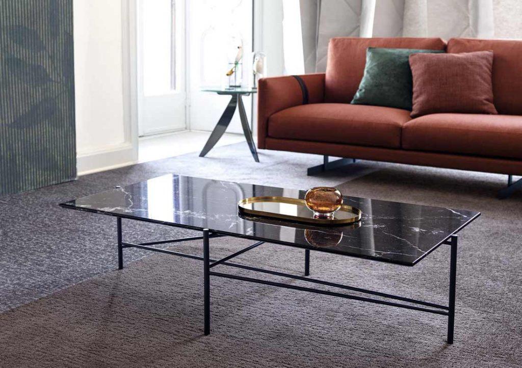 complementi d'arredo berto: tavolino riff con top in marmo marquinia