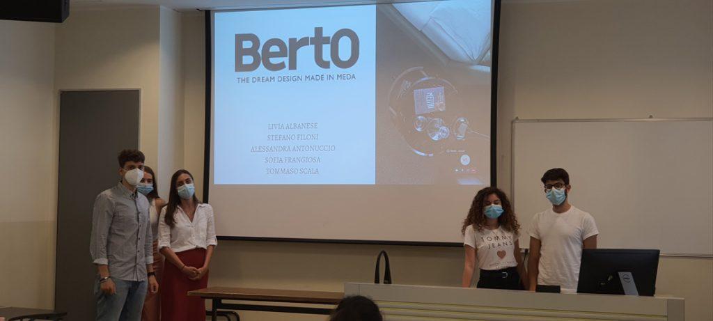 Gli studenti del Master in Strategic Digital Marketing dell'Università Cattolica di Milano lavorano sul Caso BertO