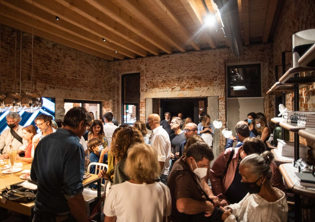 Serata di inaugurazione BertO Studio @ LOM
