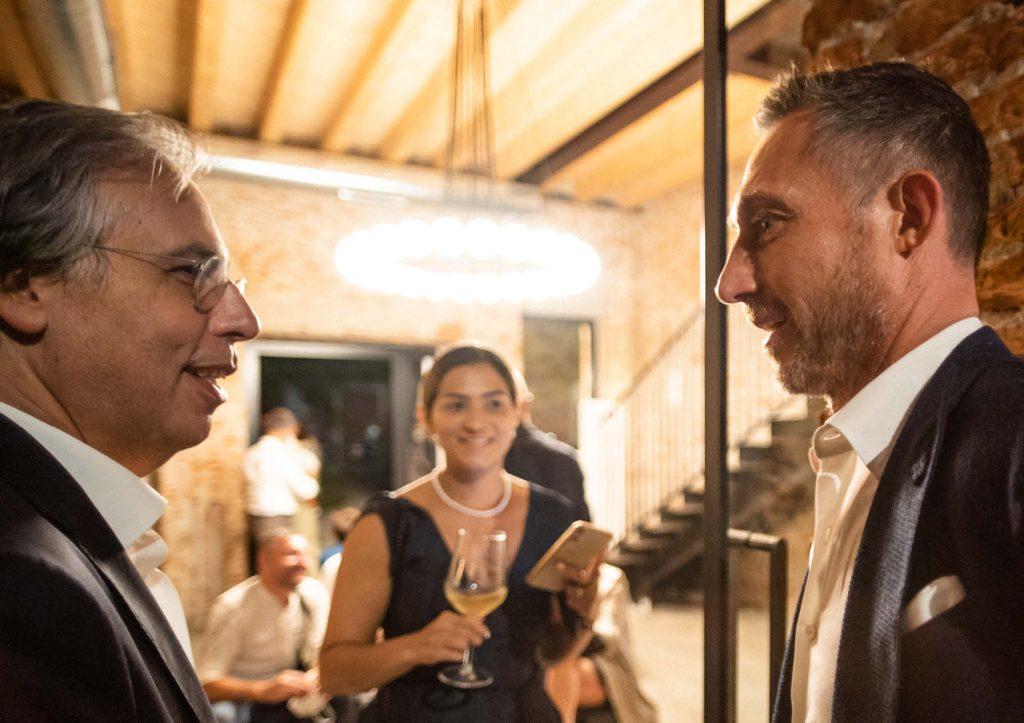 Filippo Berto chiacchere con i clienti - Inaugurazione BertO Studio @ LOM